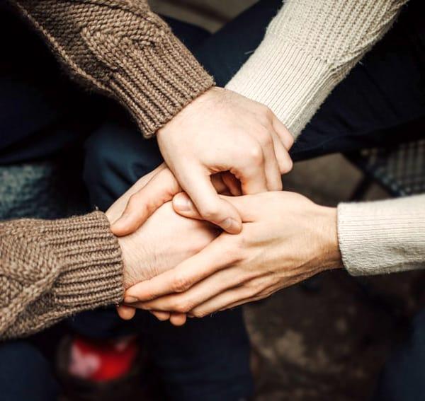 holding hands blog image