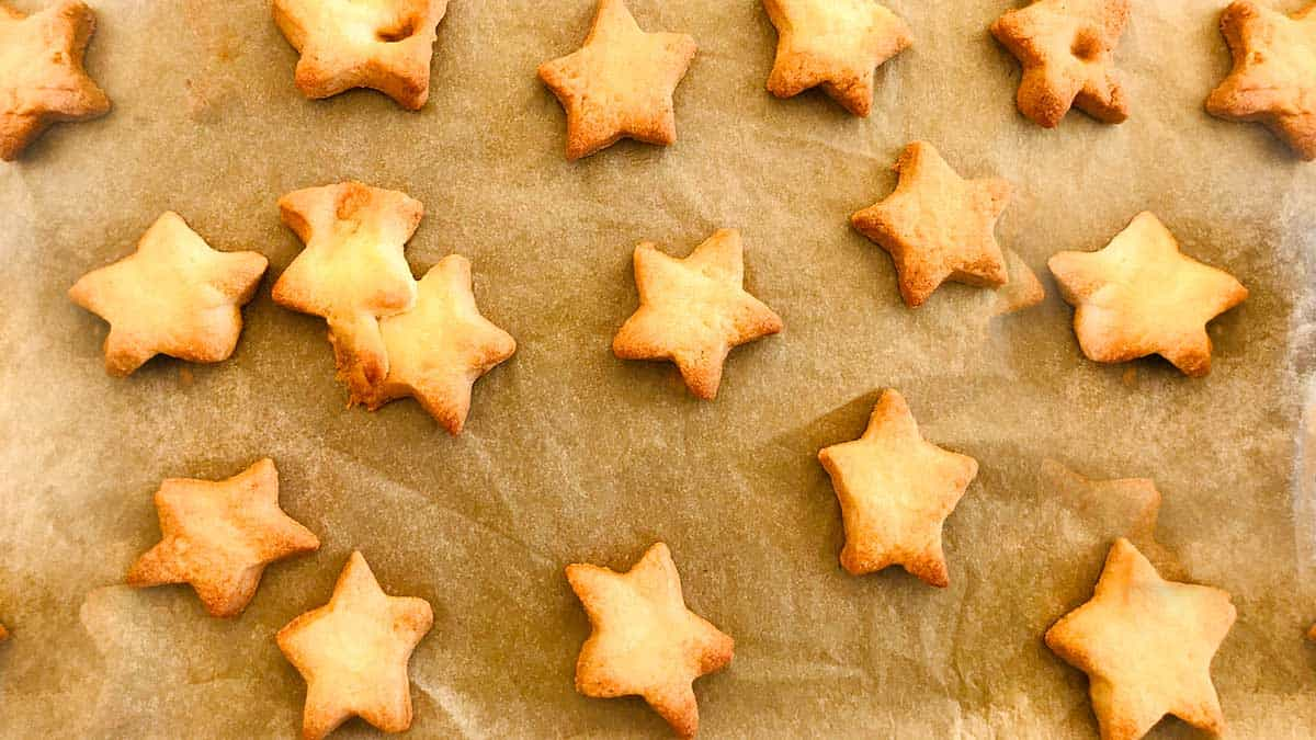 Cheese savoury star bakes image